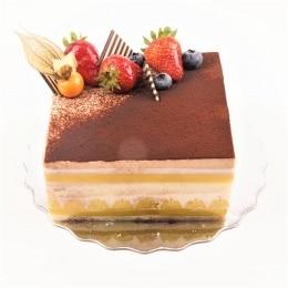 5.2In Tiramisu Mkousse Cake