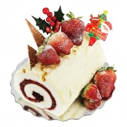 Xmas Strawberry Egg White Cake